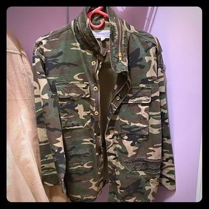 Urban Outfitters Camo Jacket Size S
